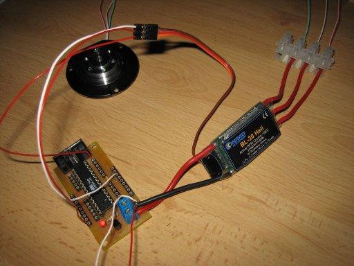Festplattenmotor an Brushless-Regler -> Funktioniert ! - Roboternetz ...